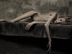 more_anorexic_beauties04.jpg