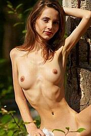 willowy-babes01.jpg